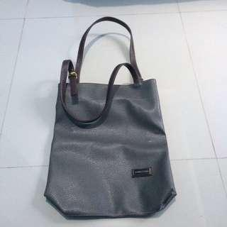 Tas Jimmy Choo Gray Shoulder Bag