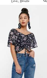 Love bonito Veren Printed Tie-Up Ruch Front Crop Top