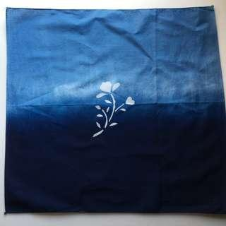 🚚 手作系列 全新藍染小方巾 2個圖案可做選擇