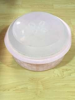 Closing Down Sales {Kitchen Accessories - Plastic Tray} Used TOYOGO Brand Plastic Pink Colour Tray Come With Cover For Sales