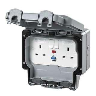 P12 MK Masterseal Plus K56231GRY 13 amp 2-Gang RCD Protected Socket (Active)
