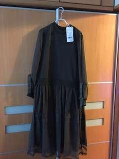 Initial ladies One Piece  Original Price $2190 Size 2