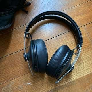 Sennheiser Momentum 2.0 Over Ear Wireless Headphones