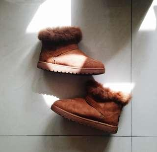 🚚 Brown Winter Furry Boots