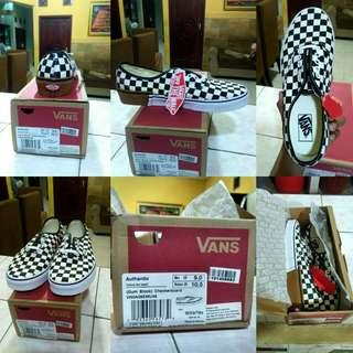Vans Authentic (Gum Block)  Checkerboard size 42/9 (27cm)