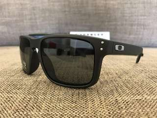0a32c7c7b3 Oakley™ HOLBROOK Asian Fit (Ruby Fade Prizm Black Polarized ...