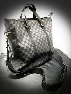 @Pre-Loved LOUIS VUITTON Damier Graphite Canvas Tadao Tote Bag