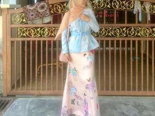 Baju Kurung Leeyana Rahman