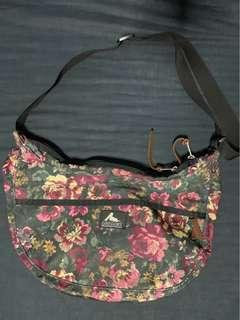Gregory sling bag floral size M