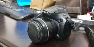 Canon Power Shot SX40 Camera (Good Condition)
