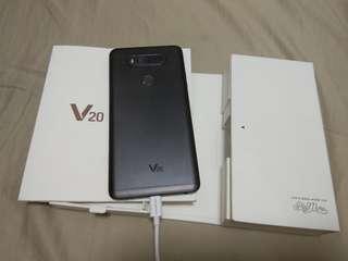 LG V20 us version single sim works fine mint condition