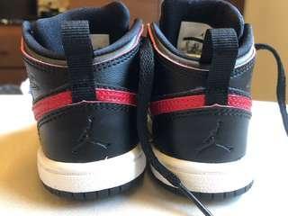 🚚 Air Jordan 全新男童球鞋