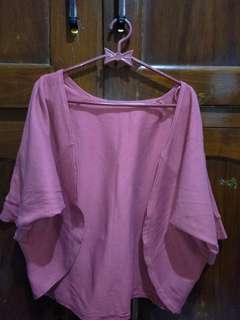 Outer merah muda