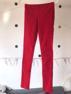 🚚 新✨pazzo內刷薄毛彈性內搭褲。紅色打底褲。鉛筆褲S。後有口袋👍🏻保暖兼瘦腿