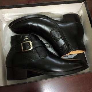 🚚 waltz華爾滋 中筒皮鞋(可議)