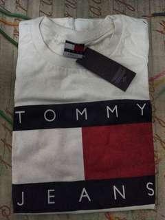 BN Tommy Hilfiger Tshirt