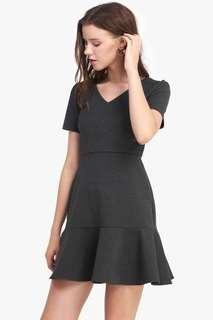 Jacintha Flounce Dress in Dark Heather Grey