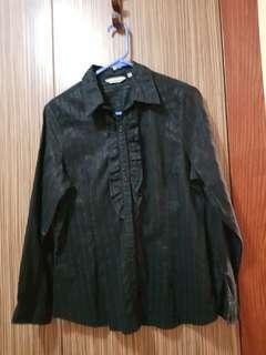 Plus size black top