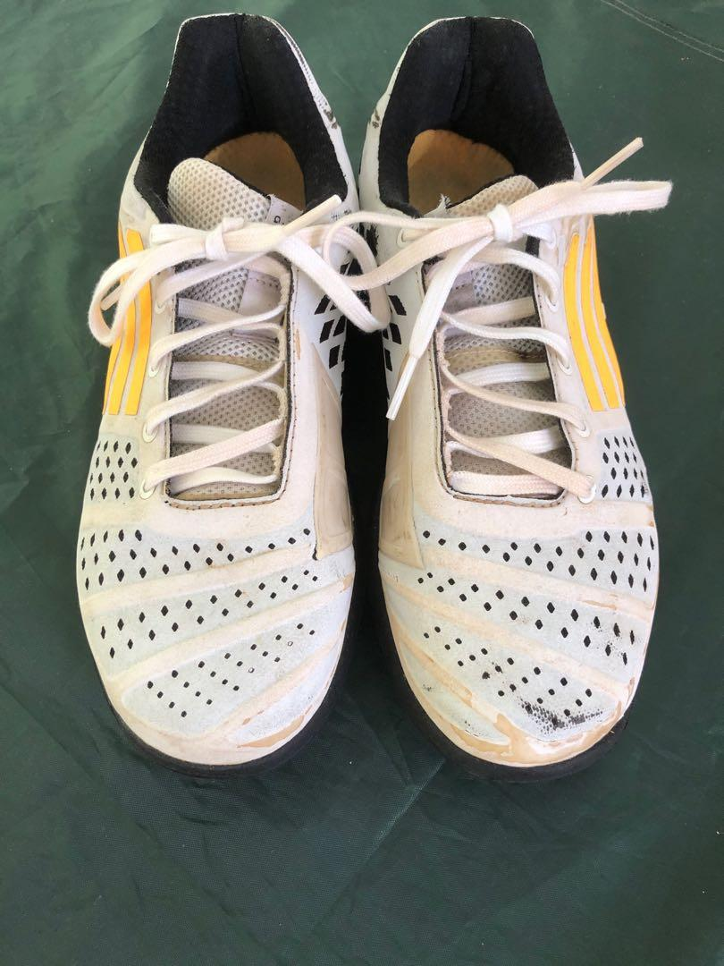 rural Acercarse carro  Adidas Fencing Shoes, Sports, Sports & Games Equipment on Carousell