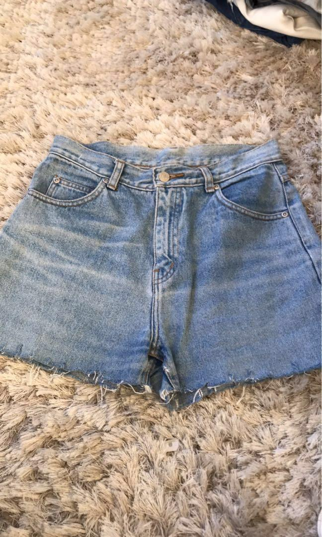 Assorted skirts/shorts