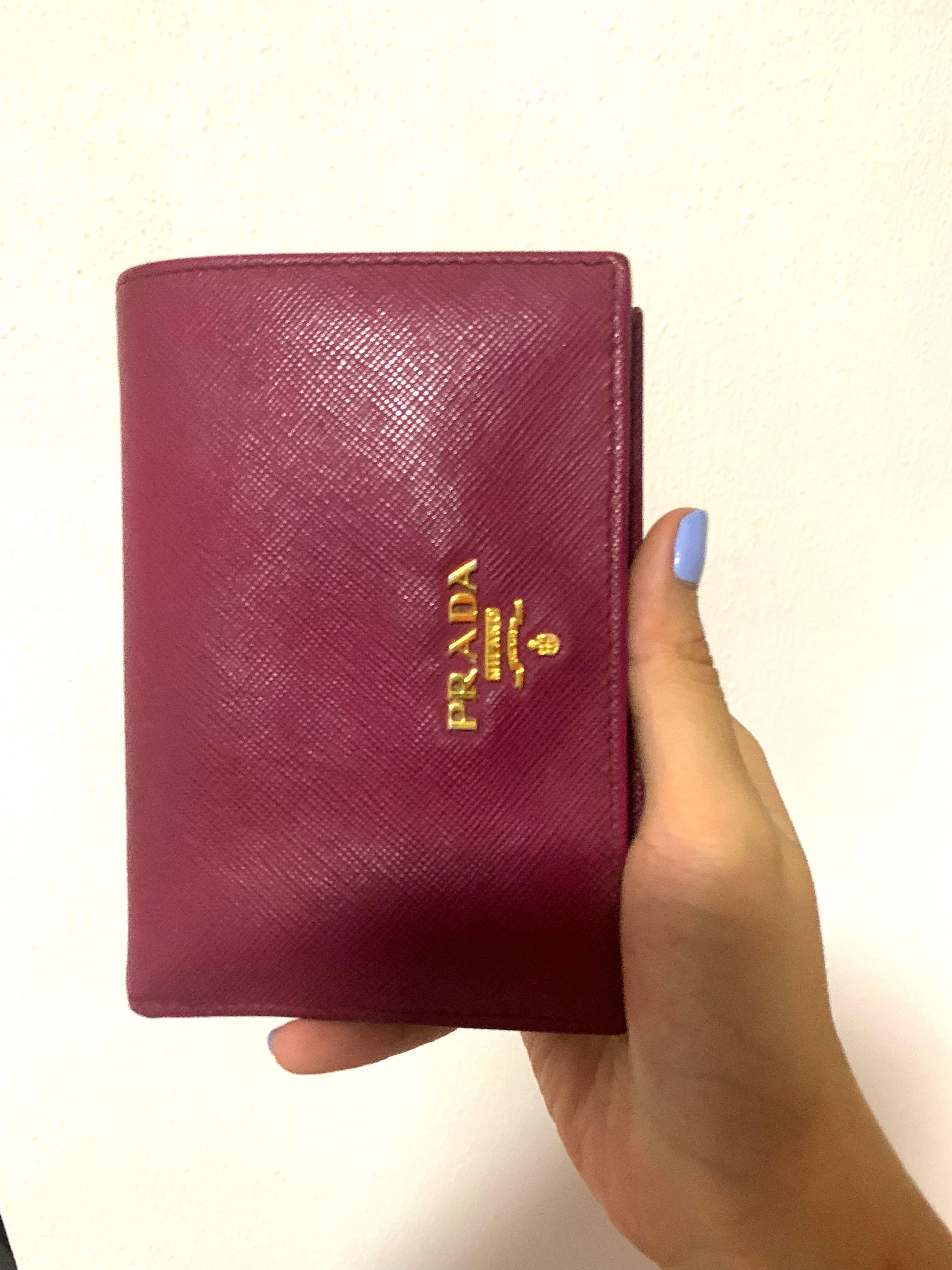 Authentic Prada wallet-  200 preowned 43bd3b3d507de