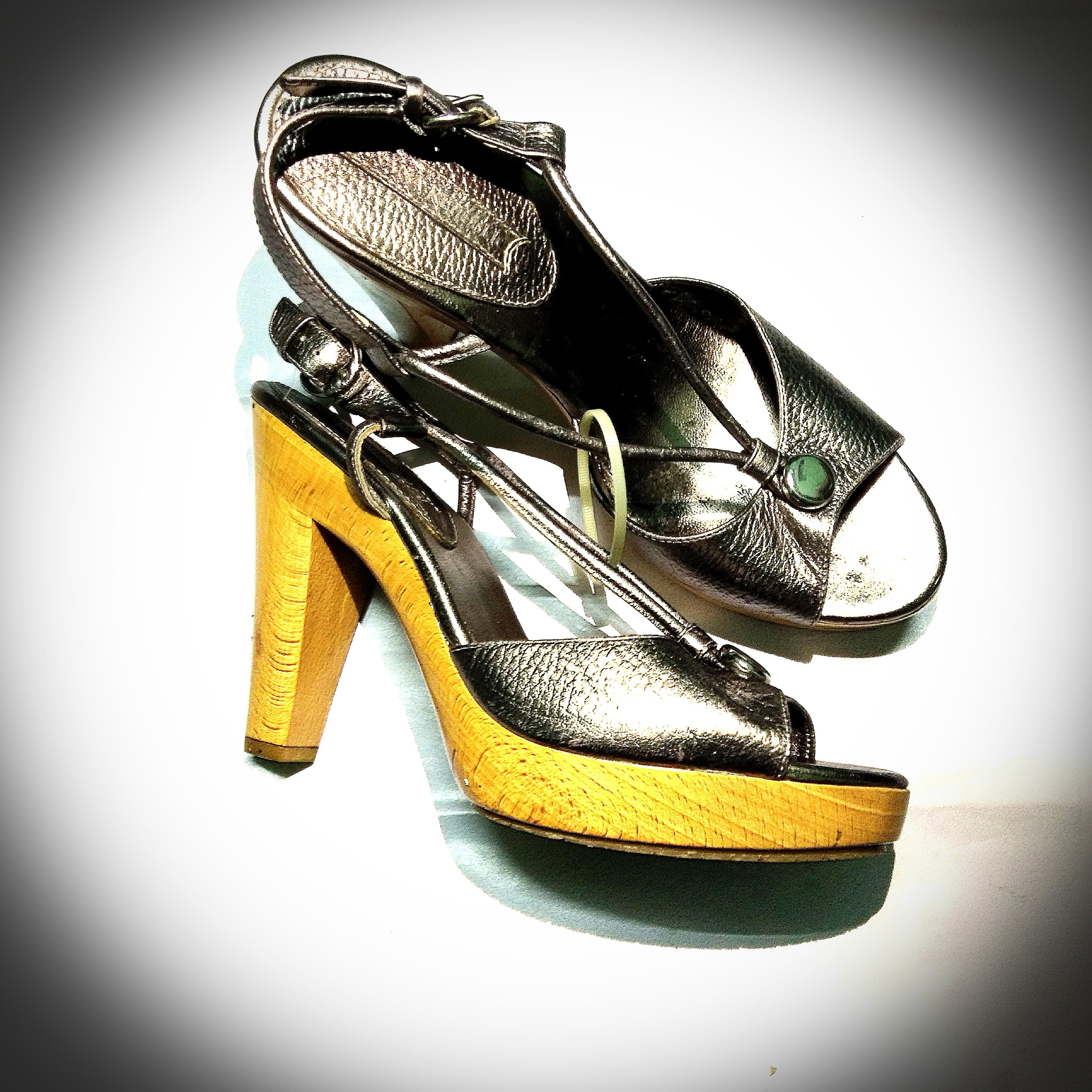 Banana Republic High Heel