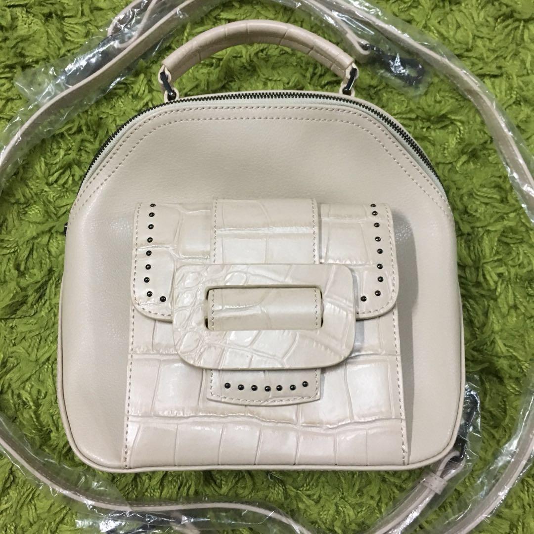 Beige Crocodile Skin External Pocket Backpack Bag Folli Follie ... e63e210fd7657
