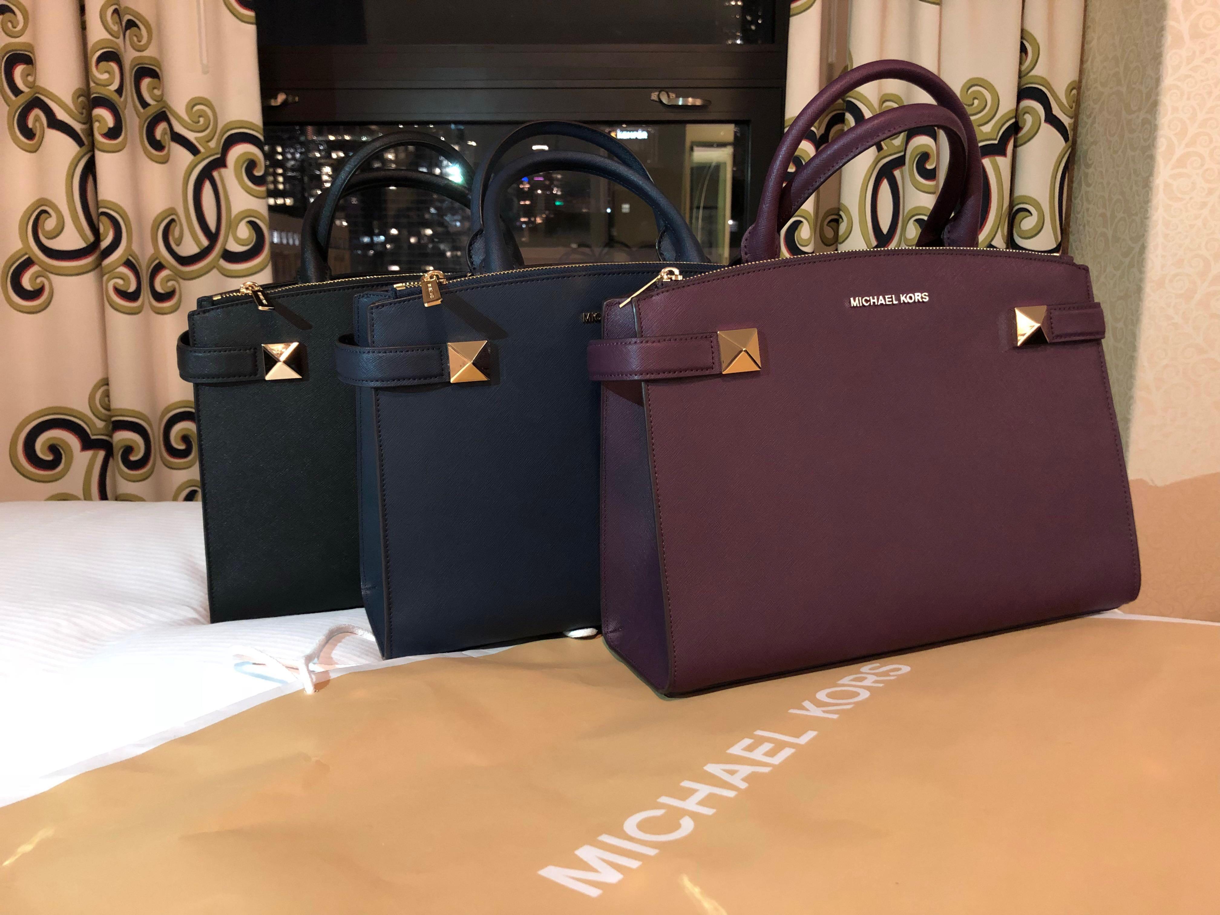 e84c652489399d BN Authentic Michael Kors Karla - MK!, Women's Fashion, Bags & Wallets,  Handbags on Carousell
