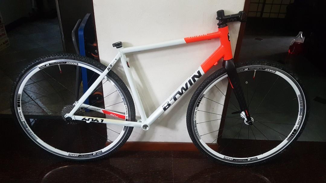 BTwin Triban 520 Frameset, DT Swiss R1800 Wheelset, Bicycles