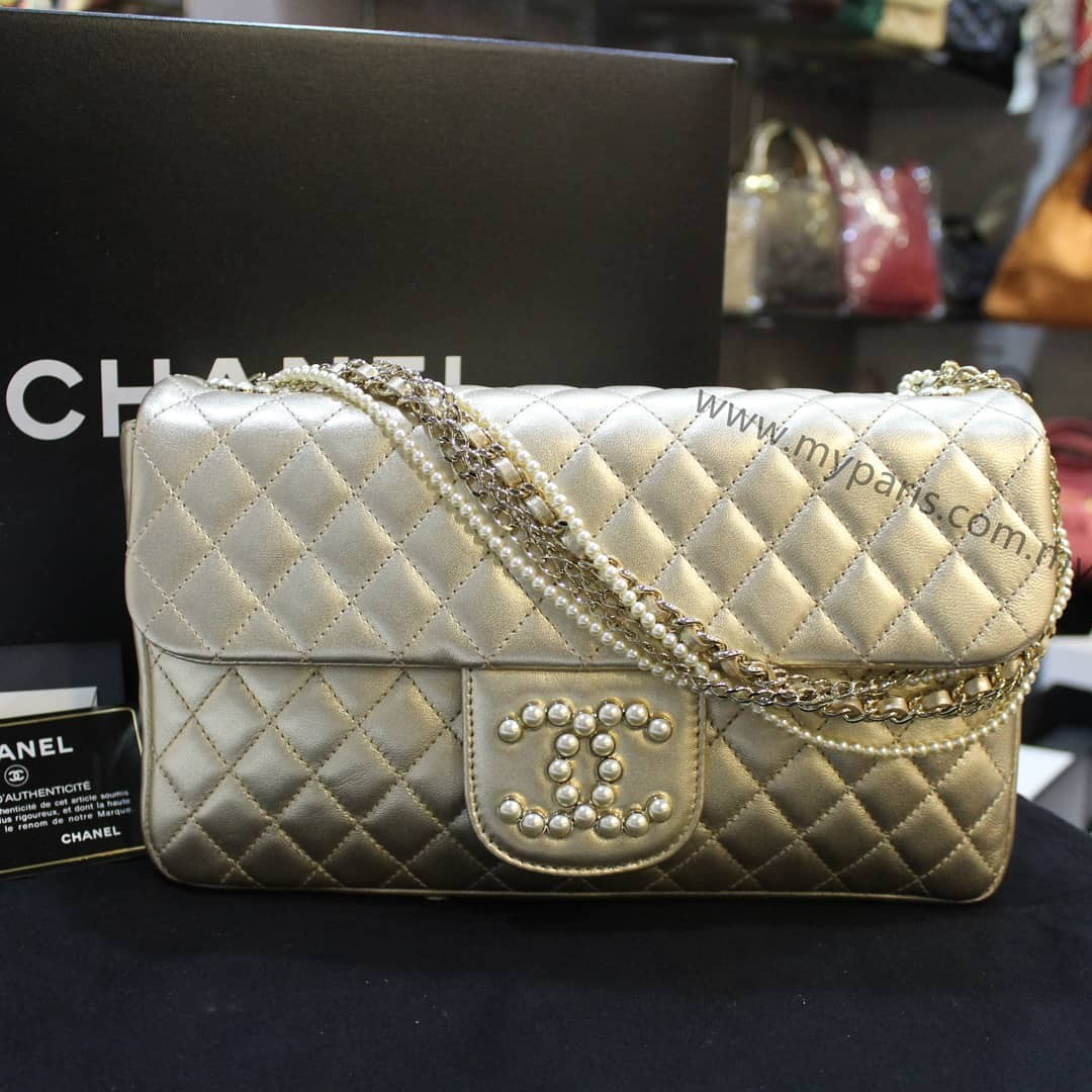 e8350ef9ff03 Chanel Metallic Gold Lambskin Westminster Pearl Flap Bag (Malaysia  Exclusive limited Edition), Barangan Mewah, Beg dan Dompet di Carousell