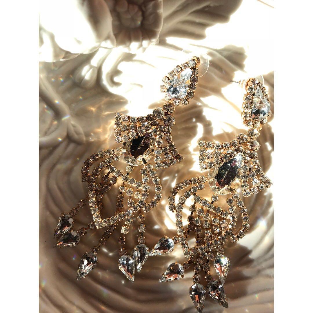 56ca4ccf79c Collette> 'Samurai form' Crystal Earrings, Women's Fashion ...