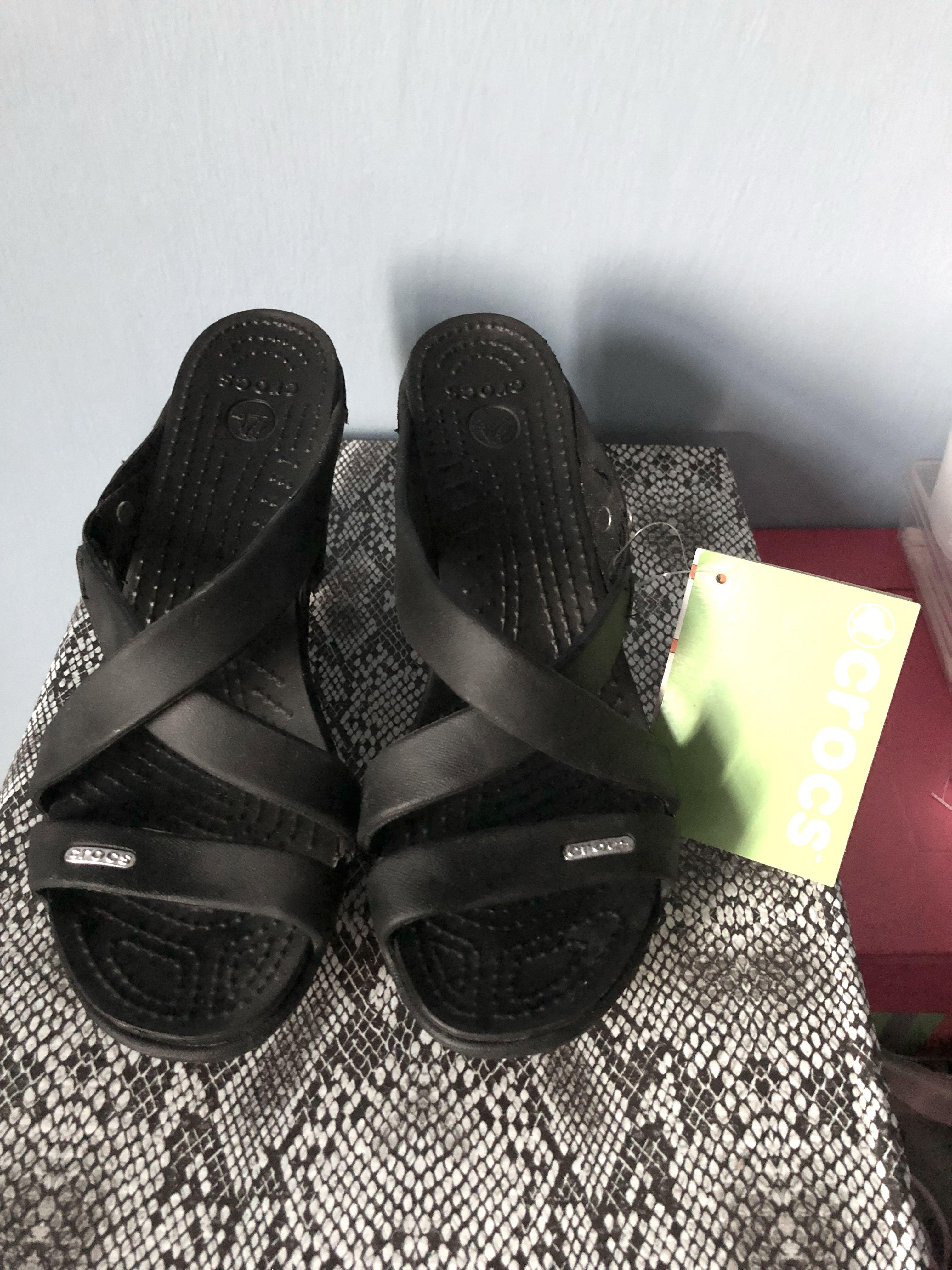 Crocs Cyprus IV Heel, Women's Fashion