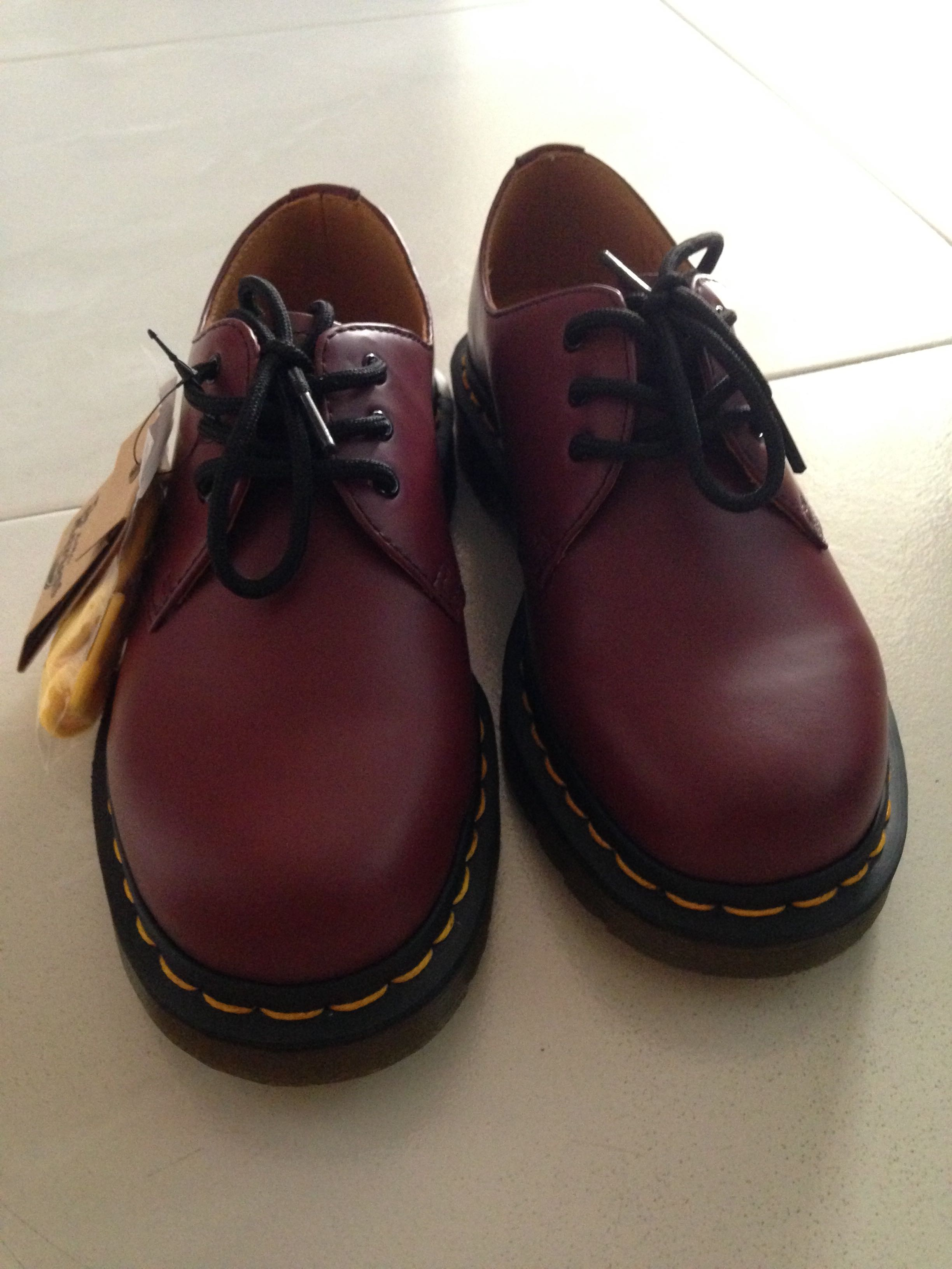 2ecc183a033 Dr Martens Maroon Low Cut Shoes
