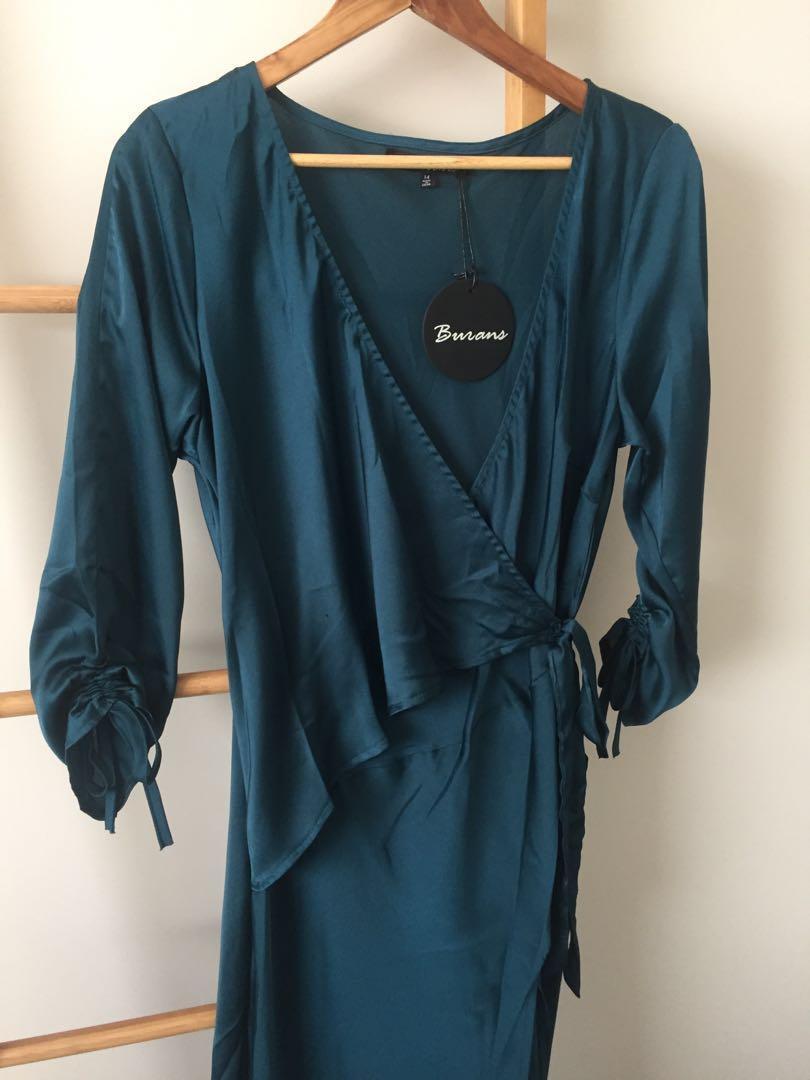 Emerald Green Wrap Dress RUNWAY SCOUT