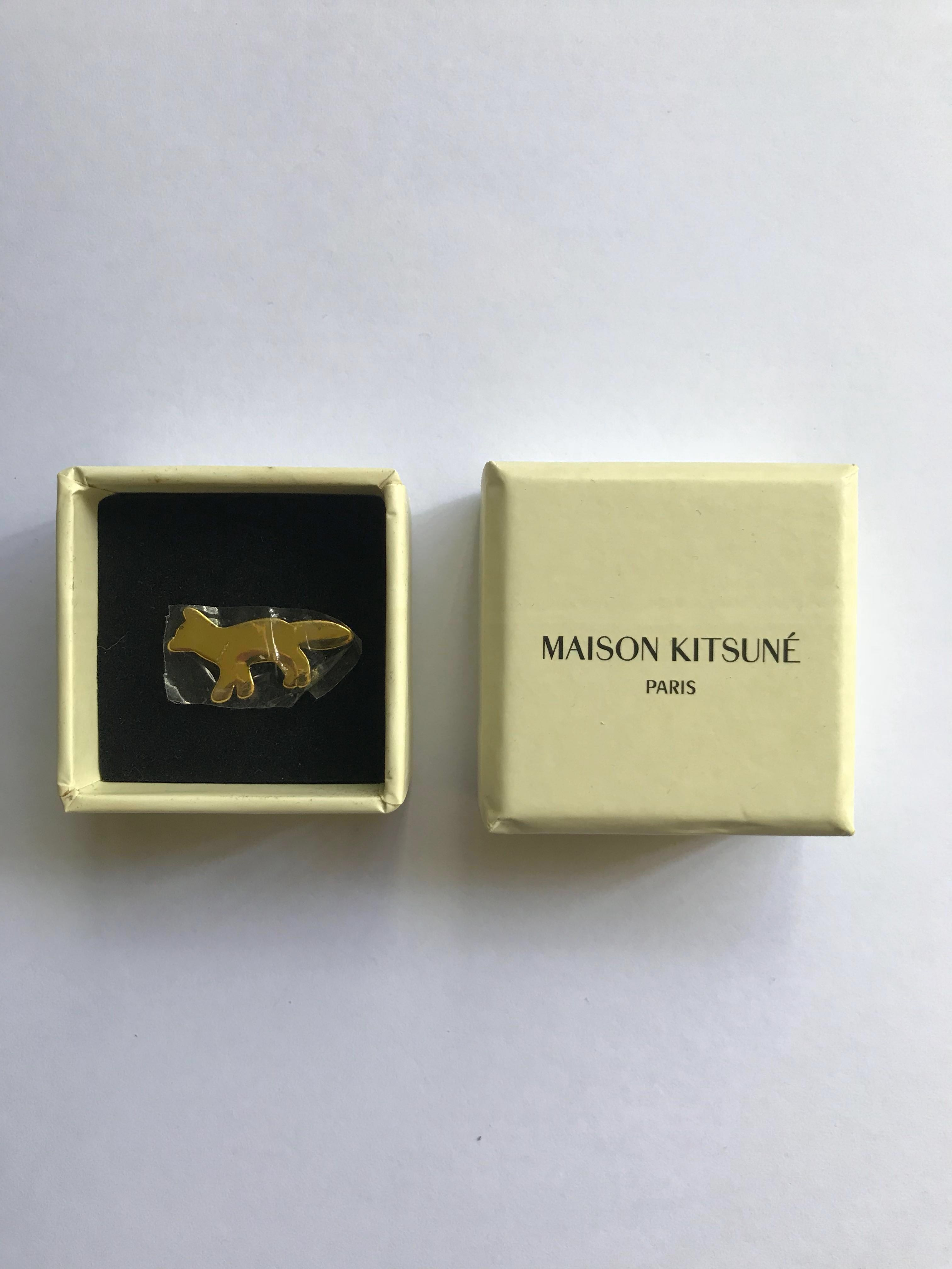 a203ee544eb Maison Kitsune Pin Badge