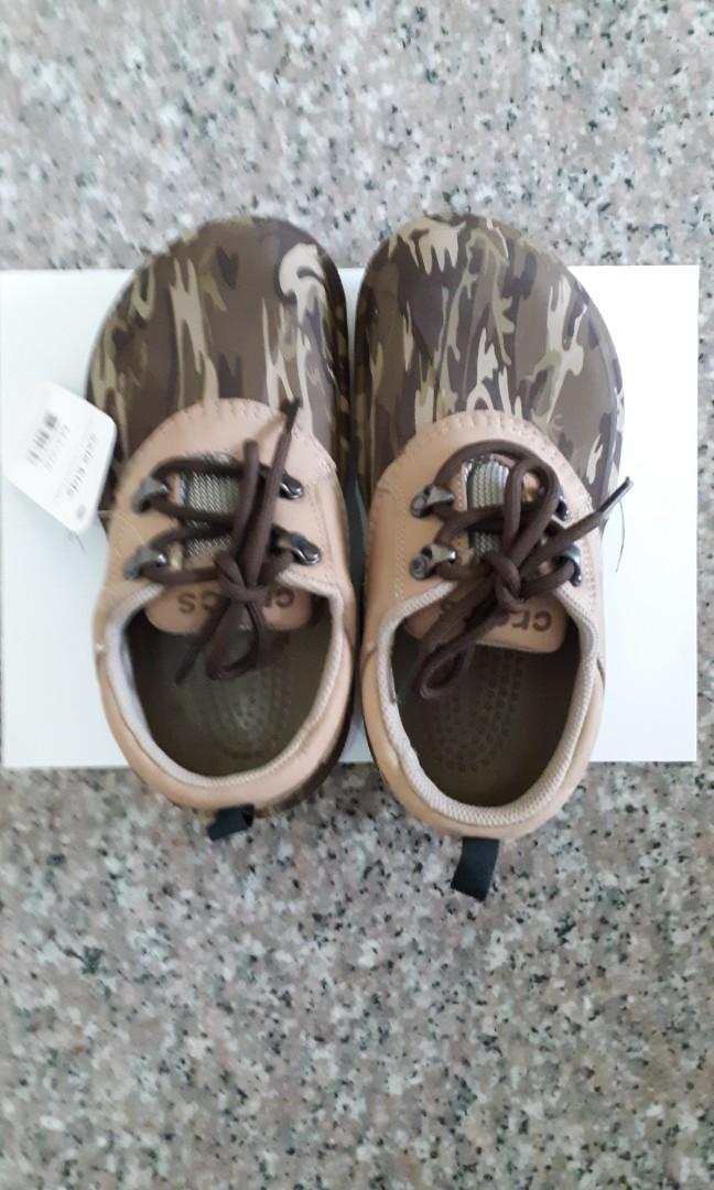 d21ff4bf59c45 New Crocs axle shoe (size M3/W5), Babies & Kids, Boys' Apparel, 4 to ...