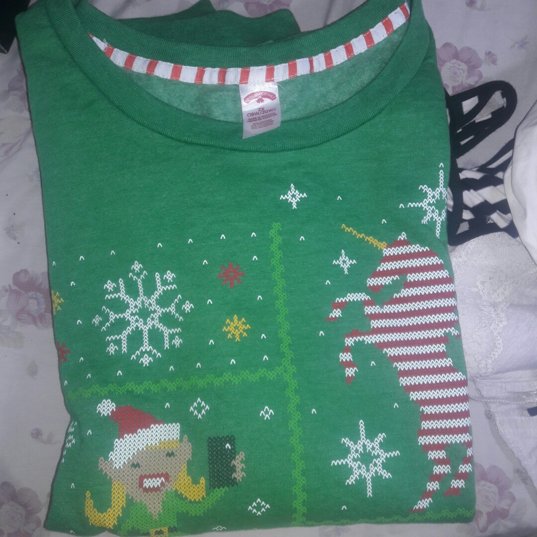 fbe3da2da1b1 NEW WITH TAG FROM WALMART US  PLUS SIZE CHRISTMAS SWEATER super ...