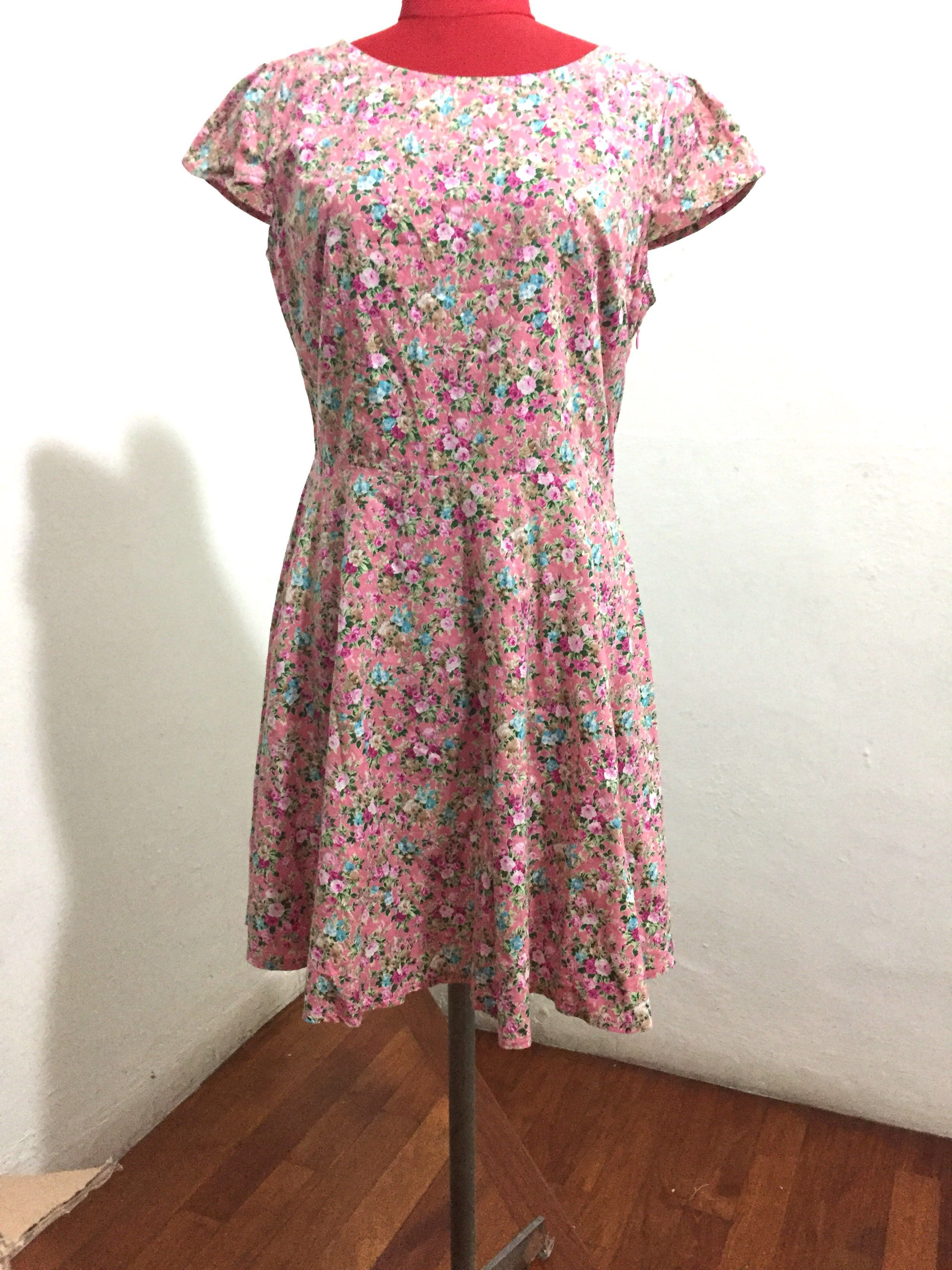 3510a4bdaefd91 Pink floral fit and flare dress with cap sleeves , Women's Fashion ...