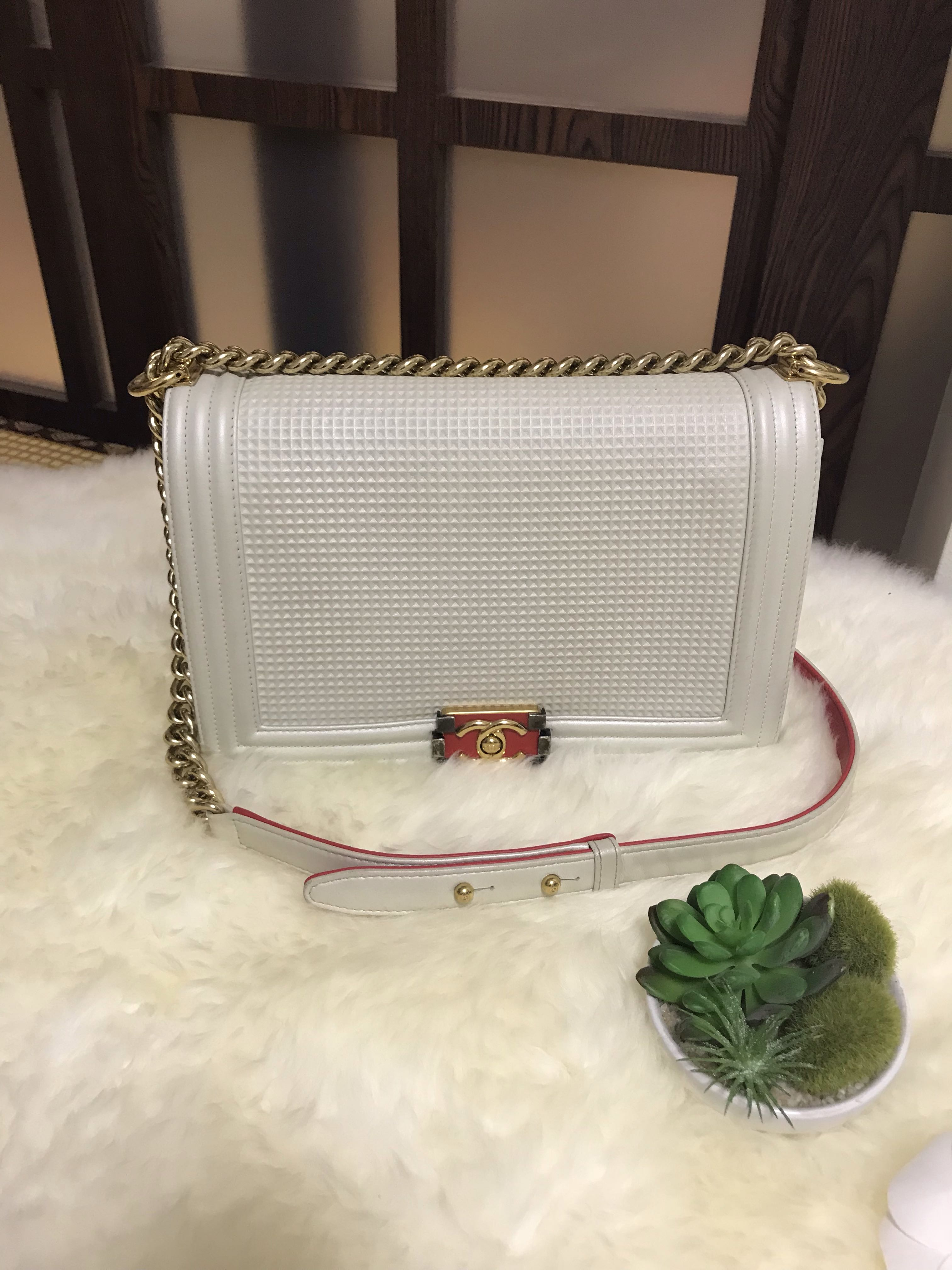 04dcd400a601 Superb Deal✨Chanel Cube Boy New Medium Metallic White Embossed with Ghw,  Luxury, Bags & Wallets, Handbags on Carousell