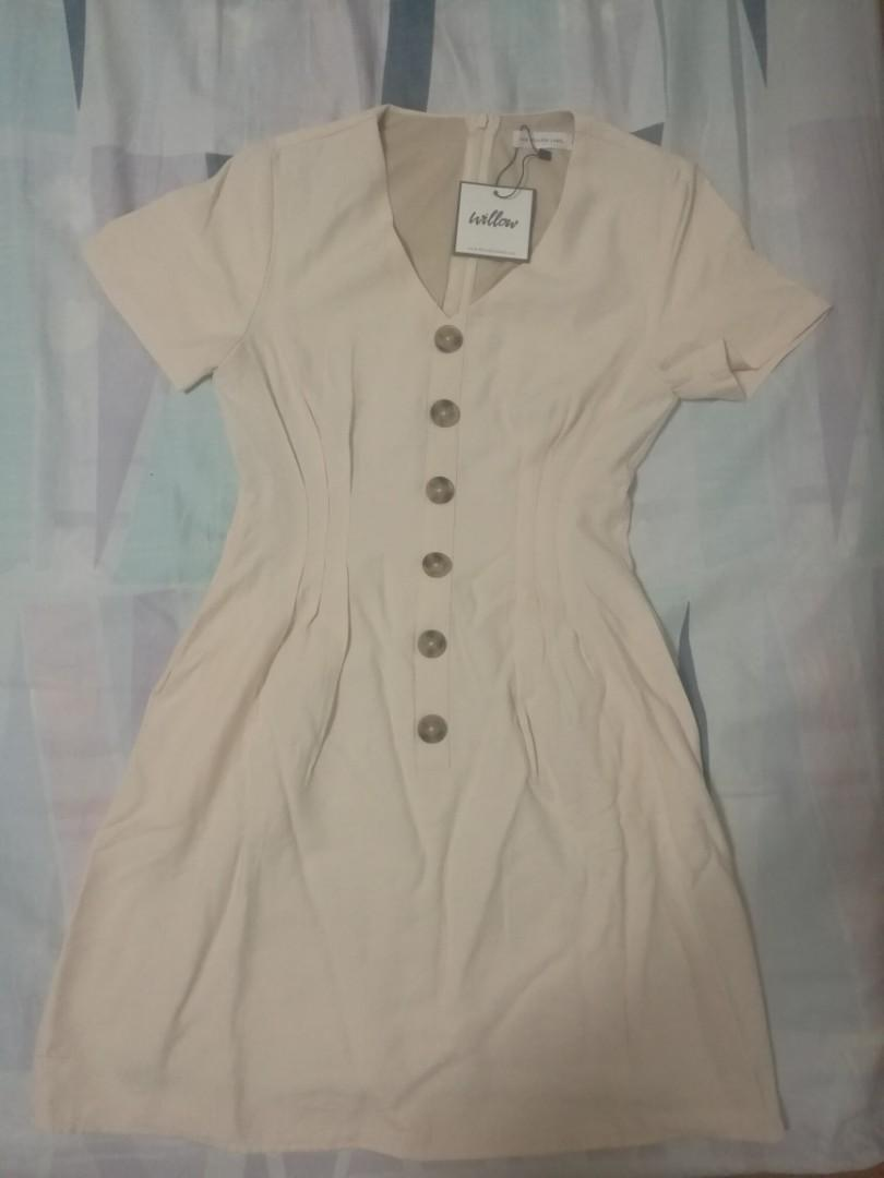 [SOLD] The Willow Label pintuck dress in beige
