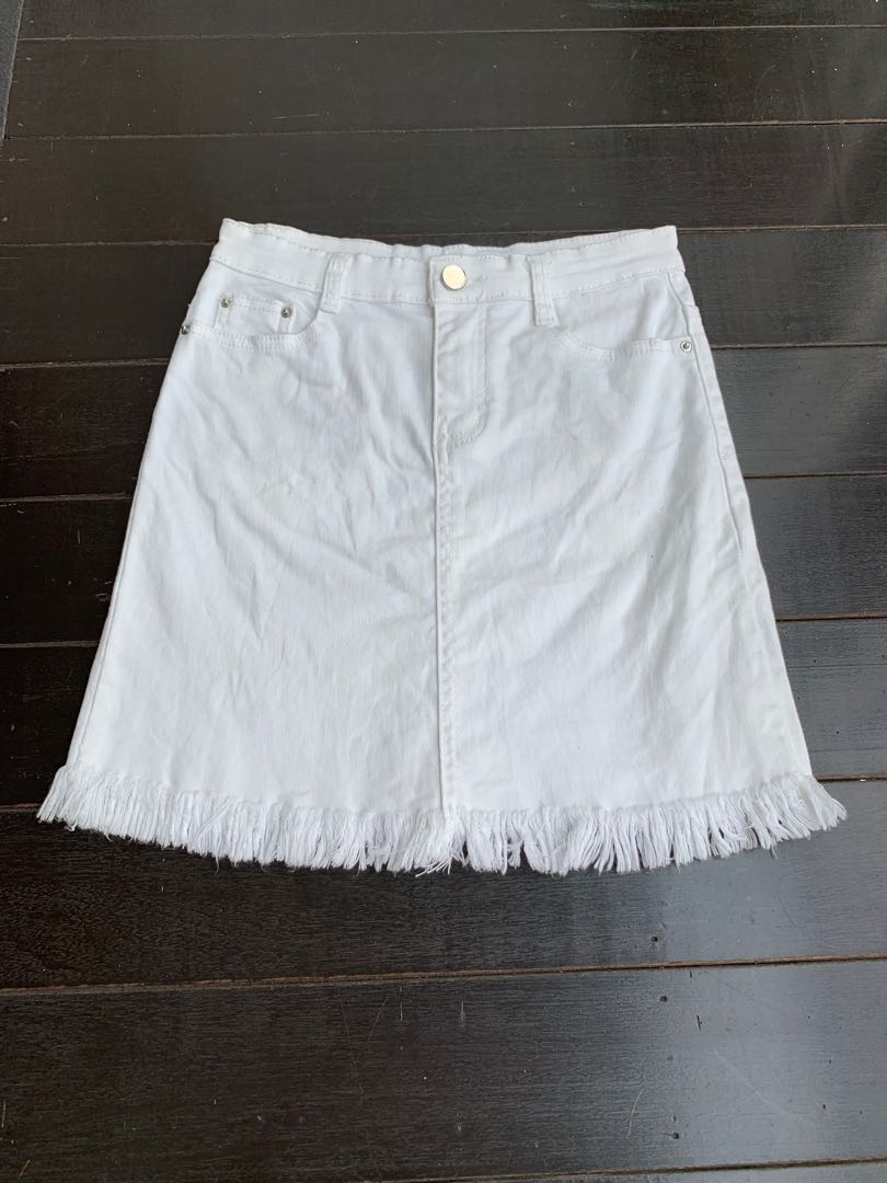 c9af2b31a White frayed denim skirt, Women's Fashion, Clothes, Dresses & Skirts ...