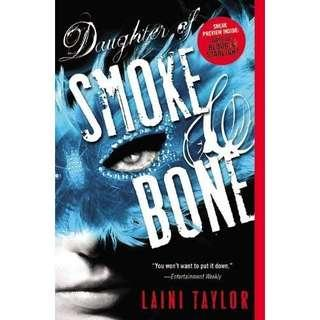 (Brand New) Daughter of Smoke and Bone  Daughter of Smoke and Bone Trilogy : Book 1  By: Lain Taylor