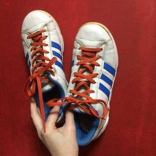 [二手] Adidas 白色 藍色 紅色 撞色 仿皮 運動 休閒 運動鞋 休閒鞋 球鞋 戶外 街頭 Q33365