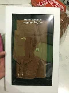 Travel Wallet & luggage tag set typo women