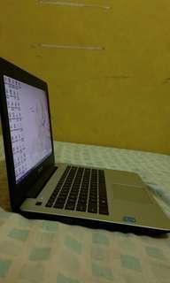 Jual Laptop Asus Hitam