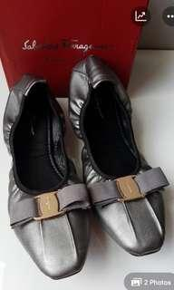Ferragamo flat shoes Premium