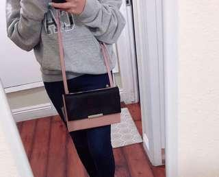 Nine West Sling / Crossbody Bag