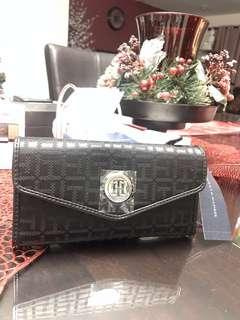Tommy Hilfiger Long Wallet