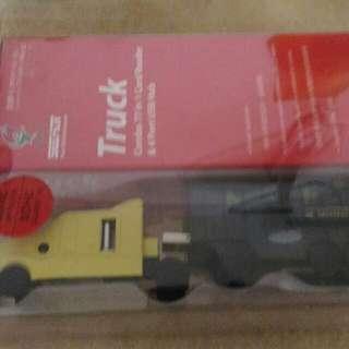貨櫃車造型USB HUB+多合一讀卡機