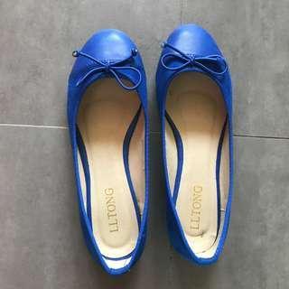 Blue suede flats / shoes